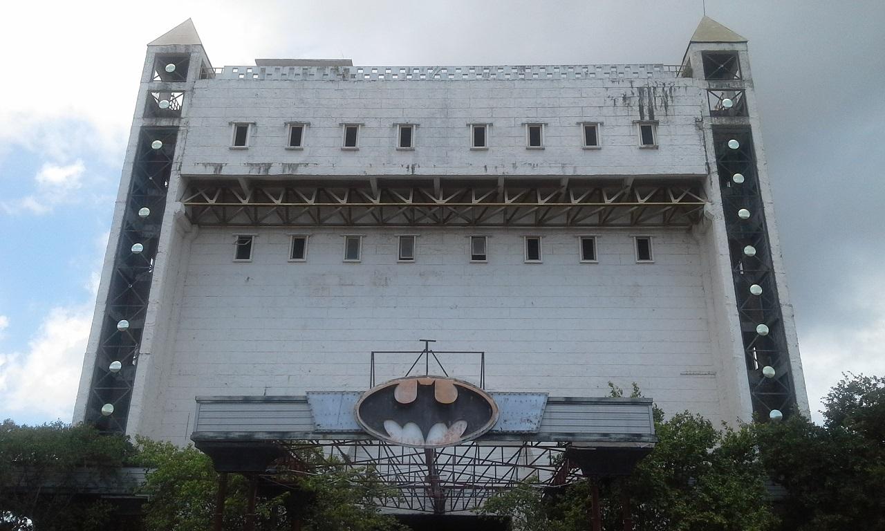 Det uhyggelige Batman-bygget i Pattaya